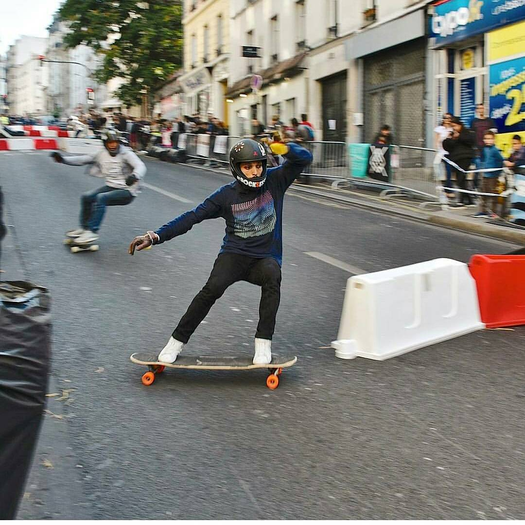 #LoadedAmbassador @lotfiwoodwalker rallies around one of the barriers at a recent #BoarderCross event in Paris, France.  Photo: Franck Mathey  #LoadedBoards #Orangatang #tesseract