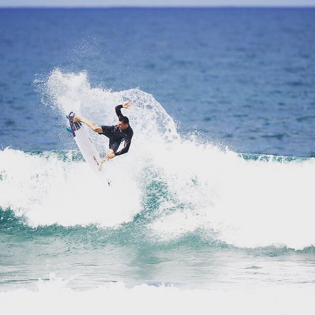 @joelparko chucking one with ease. #lifesbetterinboardshorts