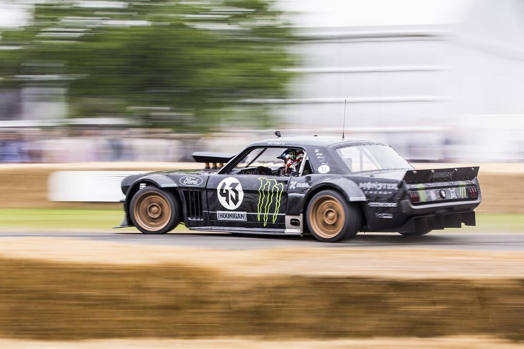 Yeah, its not Thursday but who's going to complain? Throwing it back with some ultimate hoonage with @kblock43 piloting the #hoonicorn.