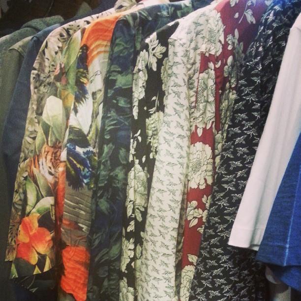 llego la primavera! #bermudas #musculosas y #camisashawaianas ya! #roparevolver