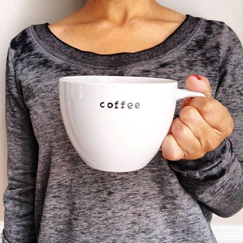 More coffee, please! ☕️ #threads4thought #frankiesweatshirt #thursdays #comfy #coffee