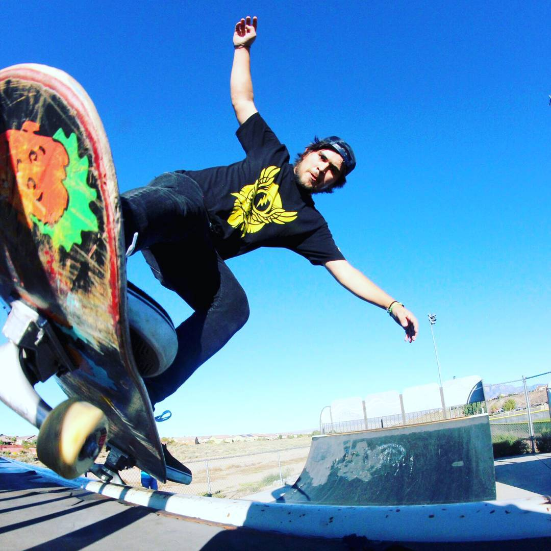 Happy Birthday to this rad skater, ditch killer and awesome guy James Tracey--@deadbear13! [o] @heyteacat  #jamestracey #facemelt #bonzing
