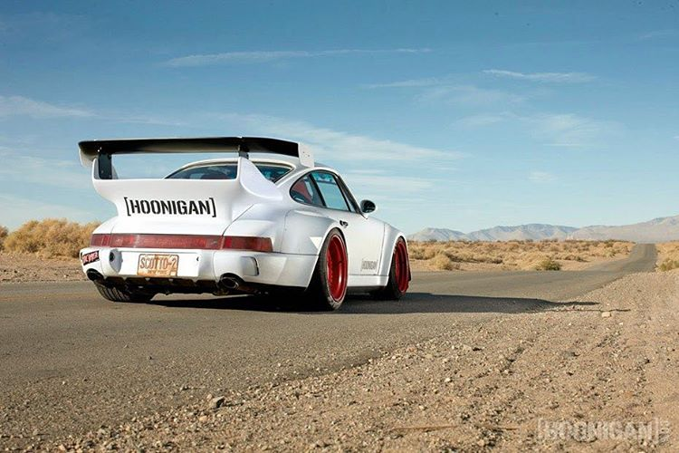 The #RWBxHoonigan hasn't gotten much photo-love, lately. Rumor has is it that it has a date with some canyons in the near future.