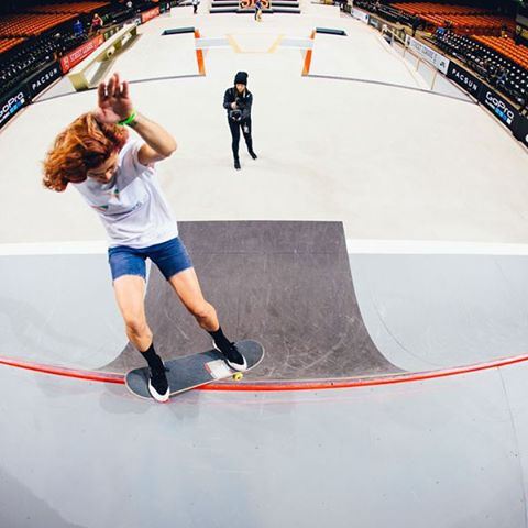 Go to Mahfia.tv to check out the full photo recap of the First ever Women's Division at @sls from @mahfia_tv. Historical! @namchivan photo.  #mahfia #killinitsoftly #longboardgirlscrew #womensupportingwomen #streetleague #lgc #skatelikeagirl...