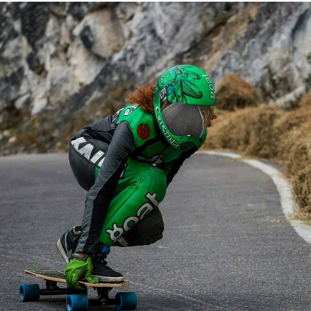 @cristinaverdu charging down last weekend's #festivaldelabajada, for those who say #prettygirlsdontskate you better change your mind asap  #keepitholesom