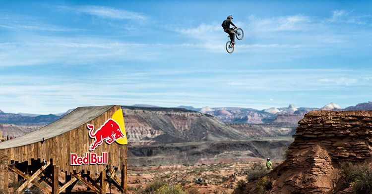 @nicholirogatkin toughest guy on the hill today, sending the canyon gap moments after tumbling down cliffs. |