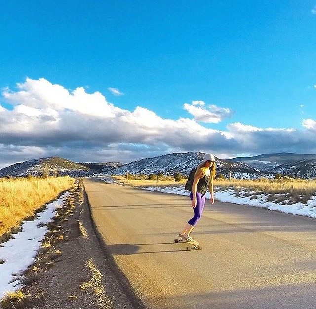 I'm walkin' on sunshine… ☀ || ambassador @meredithdrangin showin' off her feel good moves! || #getoutthere #dontgosummer #skatergirl