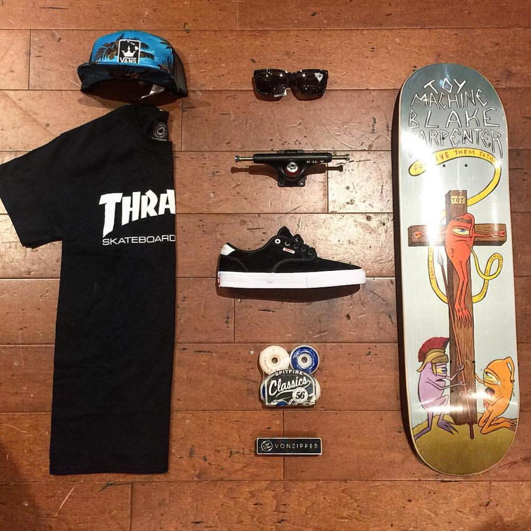 FLORIDA: @bcwellington has your kit dialed for the weekend! Backing anything with @thrashermag is just the right thing to do! #VonZipper #SupportWildLife #ShopGrid