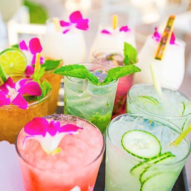 Cheers! #happyhour #Friyay Regram from @franceduque #cocktails #flowers #fruit #tropicalvibes