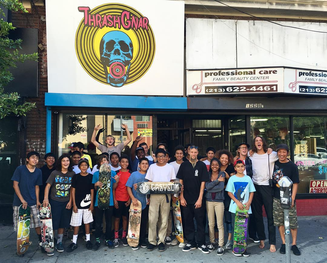 Shout out to all the homies who came out to @thrashgnar today to check out @greyson_fletcher's welcome boards >>> come get something at the shop and get a free #element tee, while supplies last #greysonispro