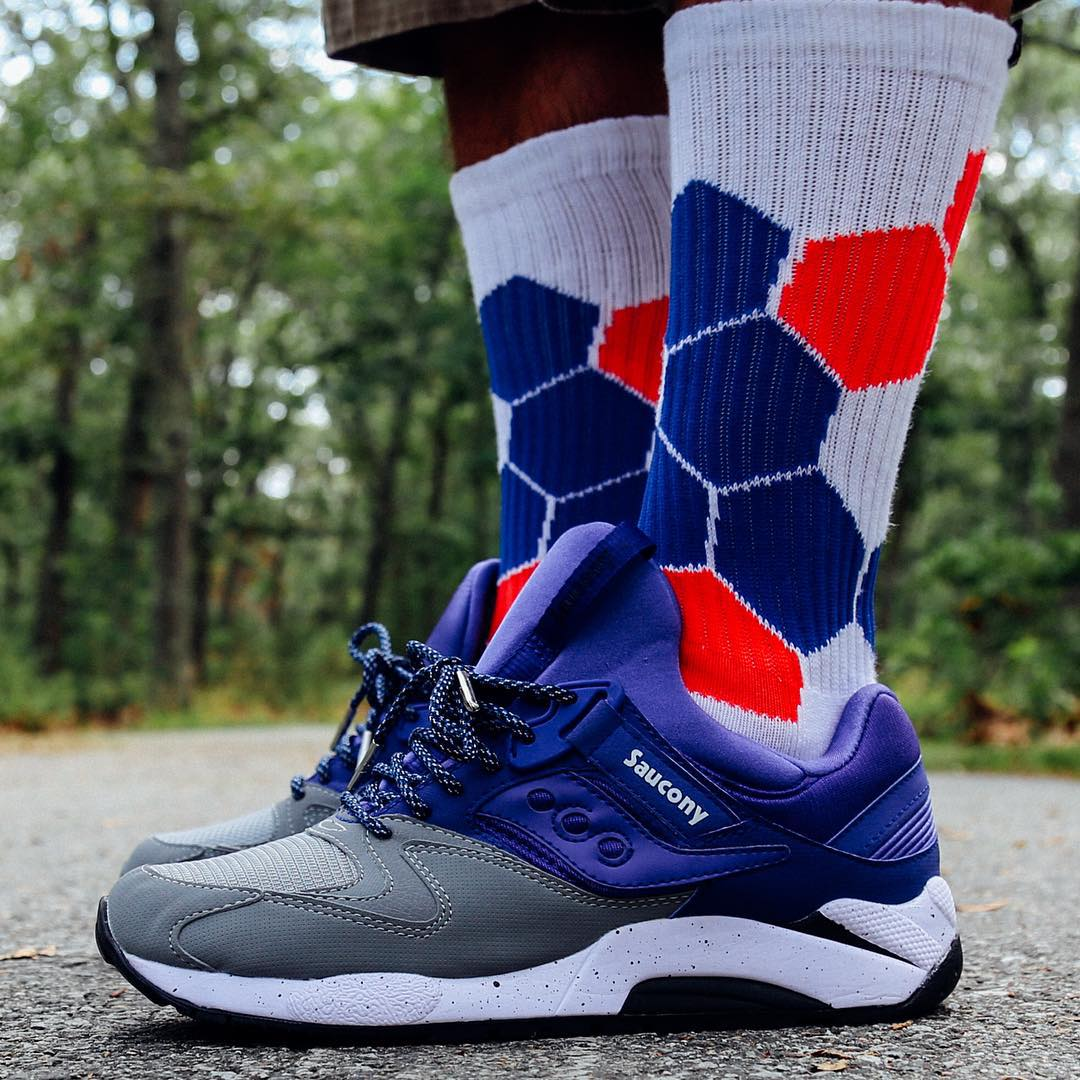 #sundaystyle with @sneakershouts #saucony #kickgame #weekend #fall #sneakerhead #redwhiteandblue #grabapair