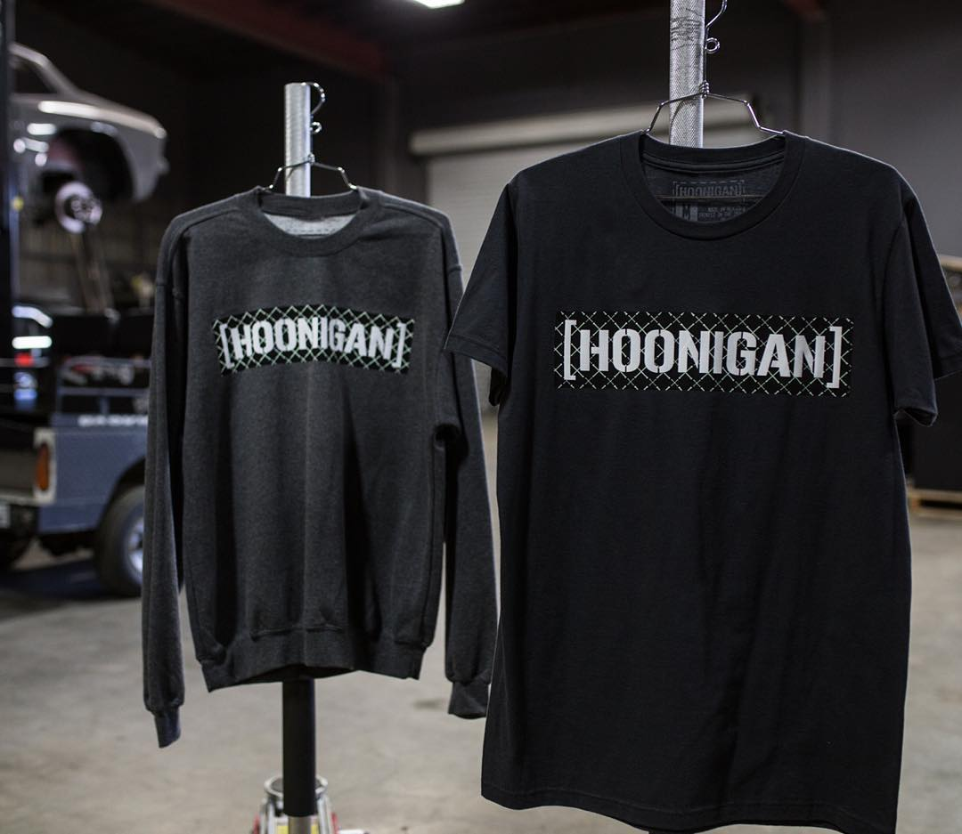 These all new UV-C Bar Irons shirts are light sensitive. Step into the sunlight and the logo changes color. Check 'em out on Hoonigan.com (click link in bio).