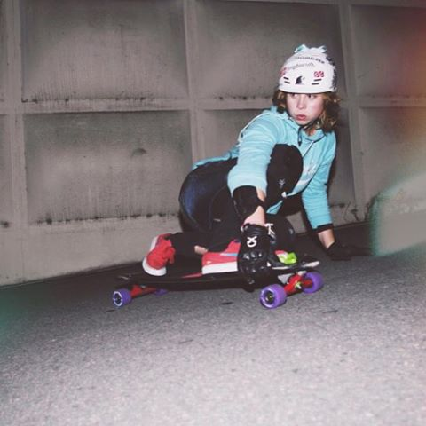 Rosanne Steeneken (@rosanne_onboard) enjoying some night freeriding on the Robot Special. #dblongboards #skateeverydamnday #longboard