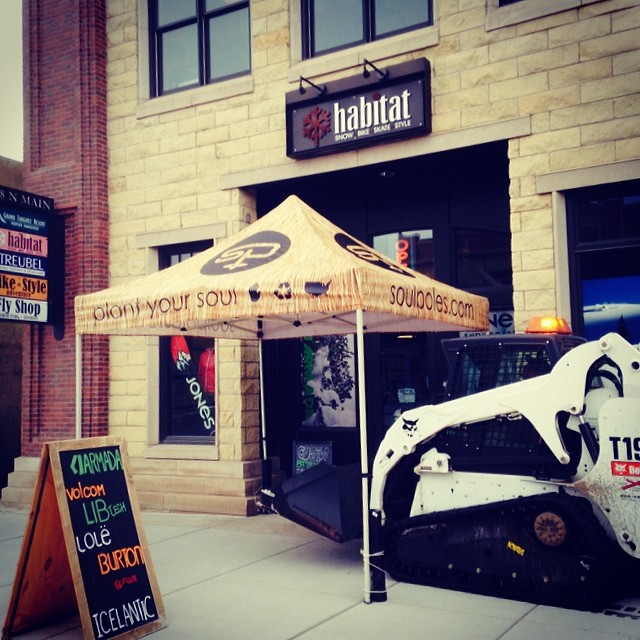 We're ready to get work at #habitathighaltitudeprovisions in #Driggs.  Tonight from 5-8 pm we'll be hosting a #custombambooskipole #soulshop.  All @grandtetonbrew sales will go to support #tetonadaptivesports.  Kick off the knee dropping good times at...