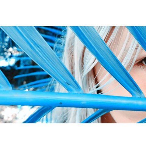 EYE SEA YOU #luvsurf #luvsurfgirl @salty.hhair #blue #seekthesea