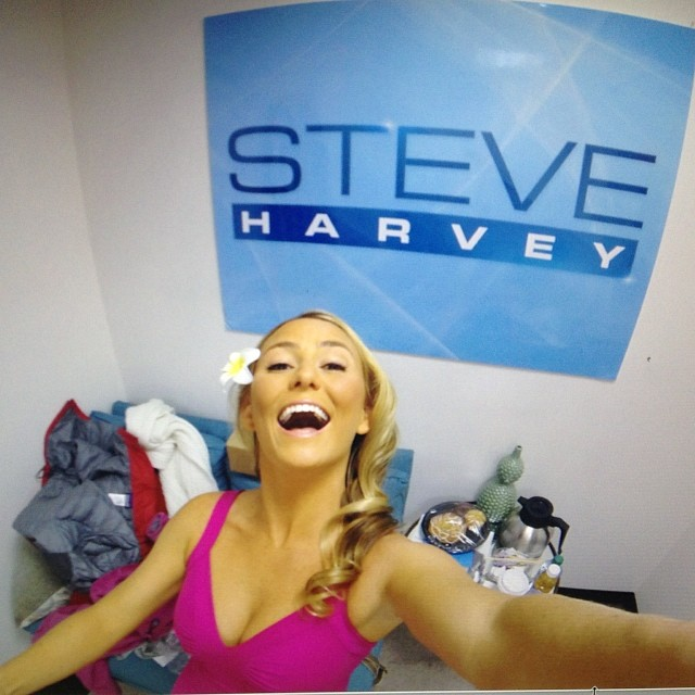 The Steve Harvey Show will air March 12th on NBC!!! Tune in to see me in...what do you call it...O yes, makeup and hairspray! #surfergirlgoneglamour  @patagonia dress @iamsteveharveytv thanks to @seanpmartin80 and @thediscoverychannel