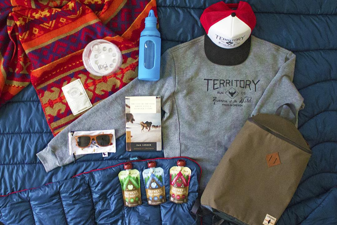 Fall Giveaway-  Stay warm in the wild this season with some rad fall essentials. To enter, make sure you are following @munkpack, @woolrichinc, @gorumpl, @mizulife, @proofeyewear, @territoryrunco, and @mpowerdinc. Then tag your favorite fall photos...