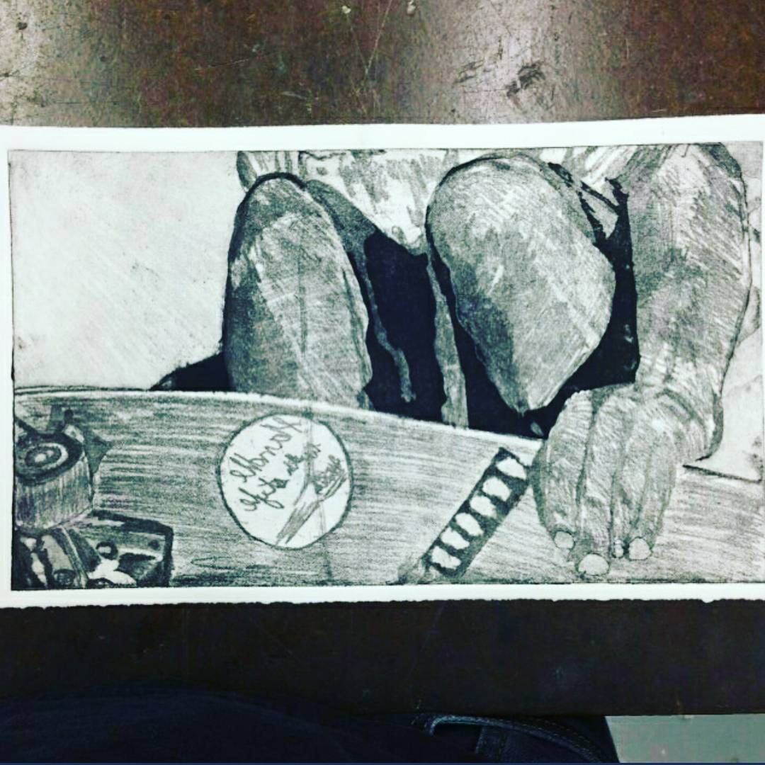 Here is a sneak peak of one of the pieces that will be at this years Bonzing Art Opening!  Etching on Rives BFK created by Ian Powell--@ianmpowell.  First person to guess the skater gets free stickers?! #ianpowell #bonzing #sanfrancisco