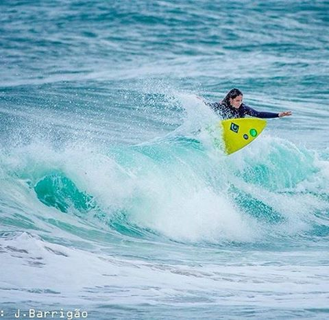 #AkelaSurf  Ambassador @kat.barrigao #activegirl #surf #portugal