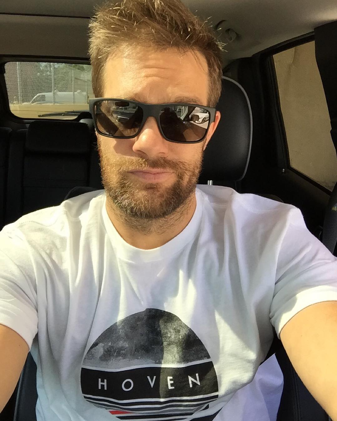 Our good bud and brand ambassador Geoff Stults (@geoffmstults ) LOVES taking shameless car selfies.  You might remember this stud from his roles in 7th Heaven or Wedding Crashers. Stay tuned for his next movie coming soon!!