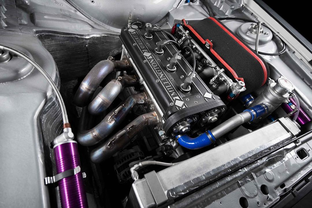 Here's what's at the heart of my new Ford Escort Mk2 RS: a 2.5 liter, 4 cylinder, naturally aspirated Millington Diamond engine that pushes 333hp and revs out to a massive 9000 RPM. That's a LOT of punch for a car that only weighs 2100lbs!...