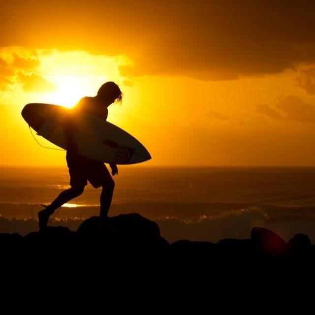 Empezó el finde largo... Buen viento, buenas olas y buena vida :) #soul #surfing #weekend #reefargentina