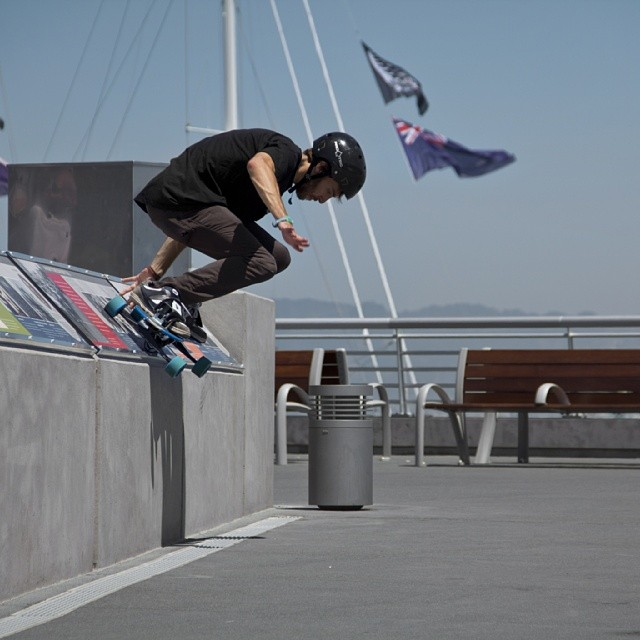 Caleb Casey #Shredding embarcadero in #SF