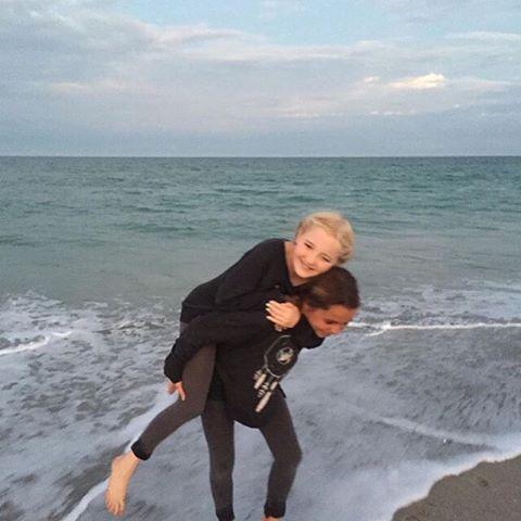 Friendchips are the best chips // @salty.hhair #luvsurfgirl #beach #play #friendship #notchip #luvsurf #wearthecalidream