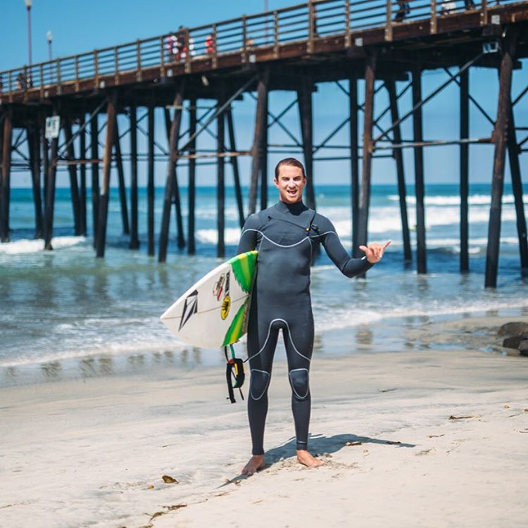 All smiles all day with @a_gray in the new Vapor X slant zip wetsuit!  #allthingswater #bodyglove www.bodyglove.com