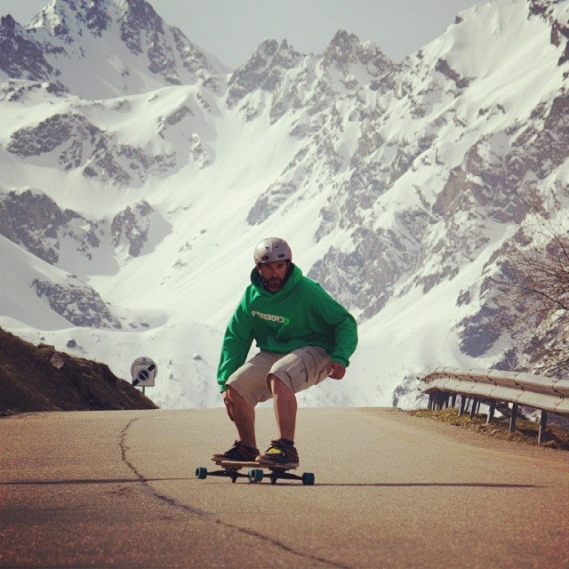 #Shredding hard in the #FrenchAlps #Freebord #Snowboard the streets