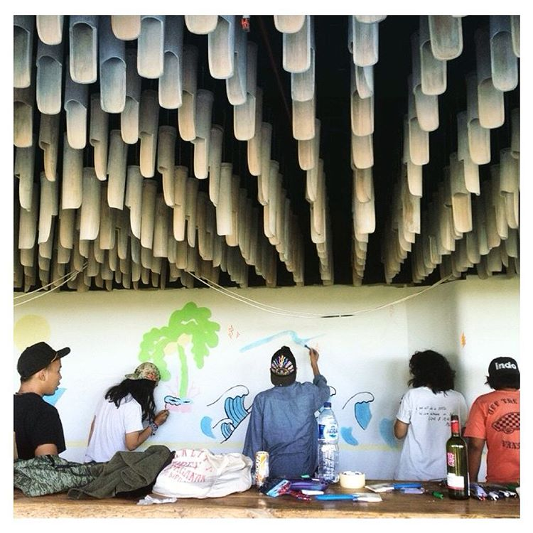 Spotted: the #IndoHat on one of the @ltd.edison crew working on a mural at the Koa Hotel, Brawa - Bali. Digging their work + that bamboo ceiling