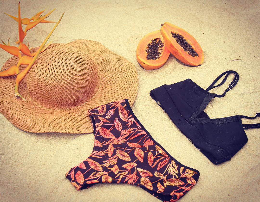 Peahi Bikini in Black & Kuau Reversible bottom in Hinojo Batik Print #katwai #beach #papaya