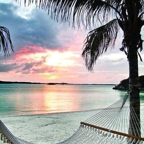 save me a seat #luvsurf #whereyoudratherbe #seatstaken #vacation #beachplease #seekthesea #wearthecalidream