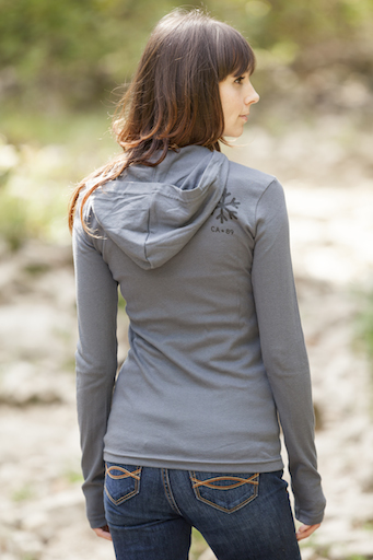 California 89 WOMEN'S LONG SLEEVE HOODED T-SHIRT SHIELD ON FRONT SNOWFLAKE ON UPPER RIGHT BACK