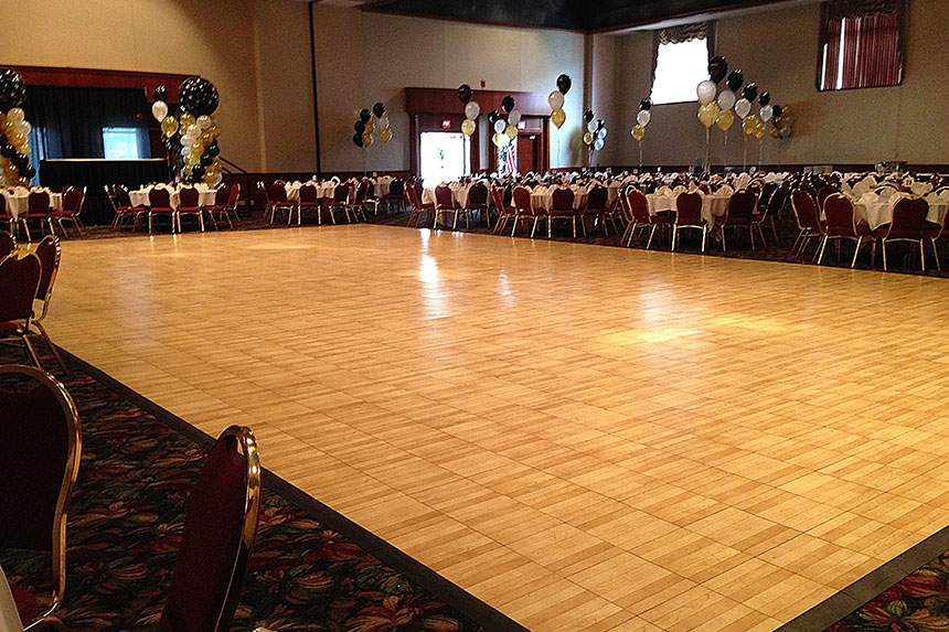 Dance floor maple wood tile 12 x 12 arena americas for 12 by 12 dance floor