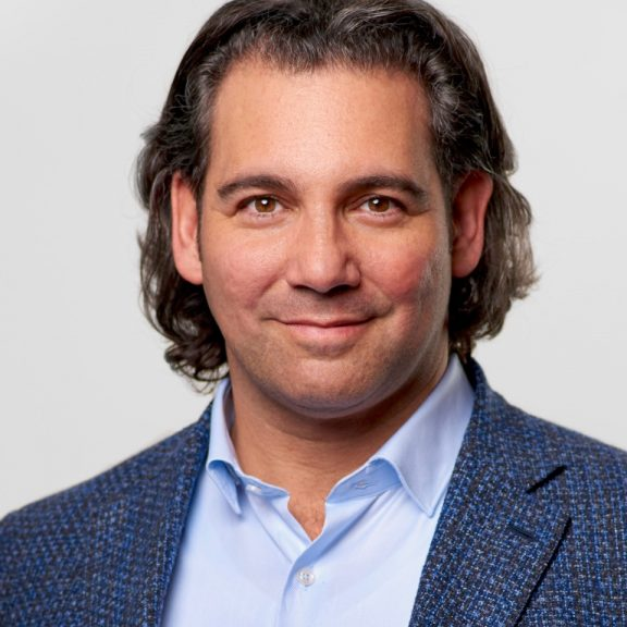 Steven Wolfe Pereira, CEO and Co-founder of Encantos