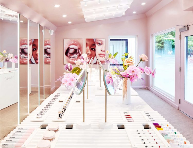Glossier Boston, the brand's third temporary retail experience of 2019, boasts an immersive, campus-like experience complete with makeup, skincare, fragrance and merchandise exclusive to Boston. Open through Oct. 4.