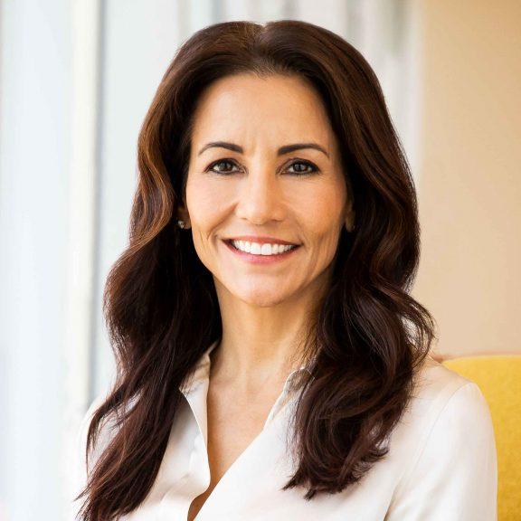 Stephanie Buscemi, Salesforce CMO