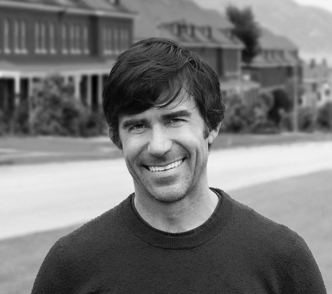 Swirl mcgarrybowen Names Nike Veteran Ryan Lindholm as President | AgencySpy