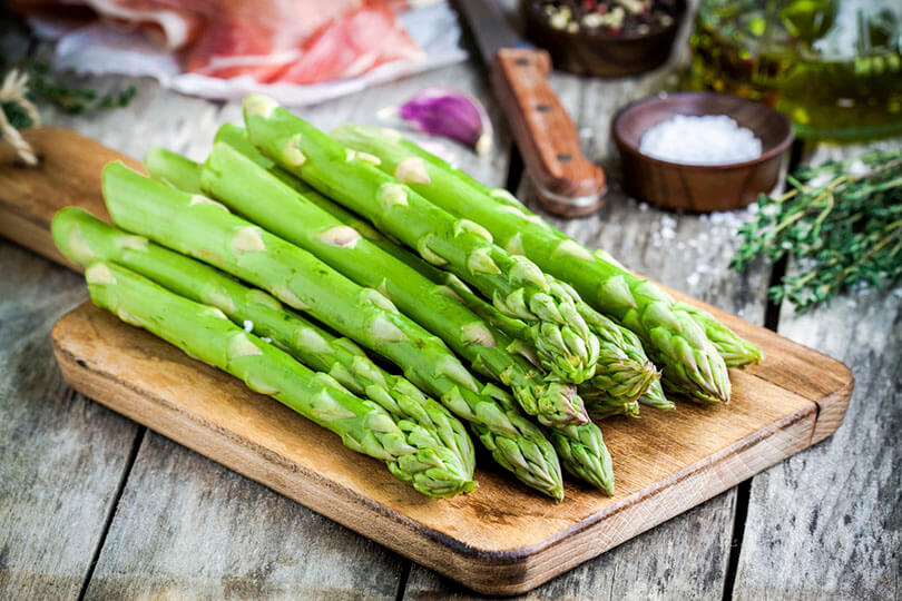 Aspargo - Foto: Google Imagens - Alimentação Saudável no verão
