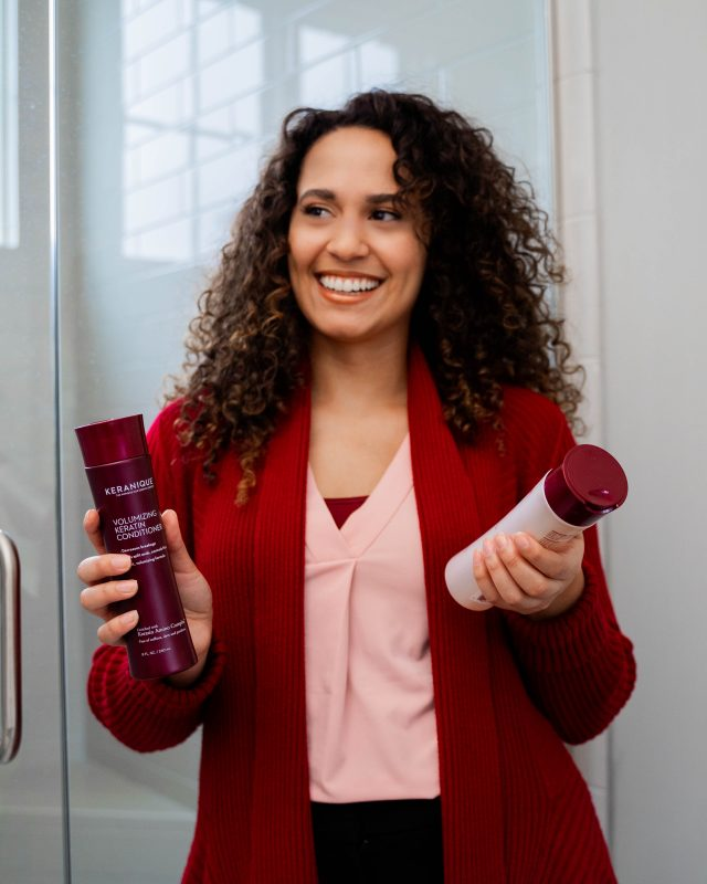 How to Moisturize Hair Naturally