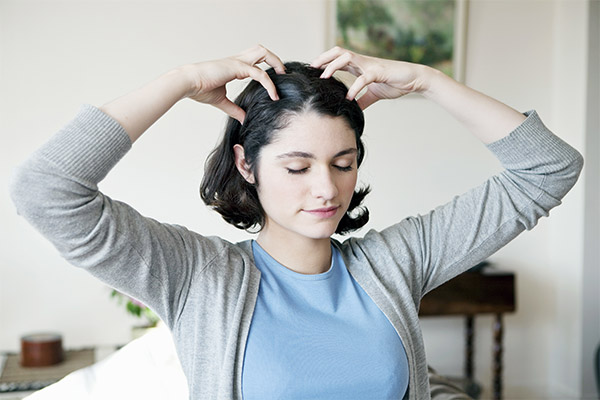 How To Give Yourself a Scalp Massage