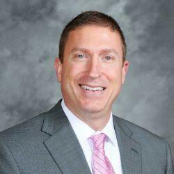 Todd Helms headshot