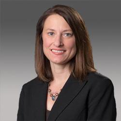 Allison Radecki headshot