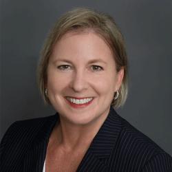 Angela Haun headshot