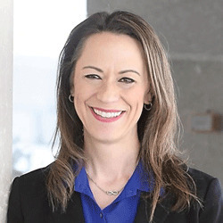 Erin Riebe headshot