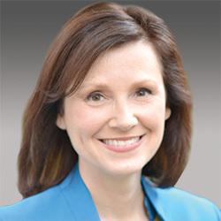 Theresa Glomb headshot