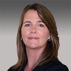 Tracy Kemp headshot