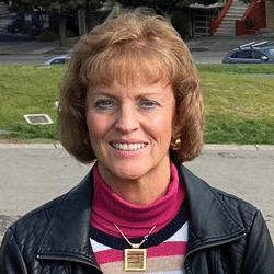 Cindy Schmid headshot