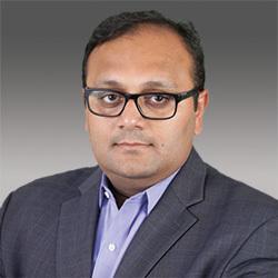 Ishit Vachhrajani headshot